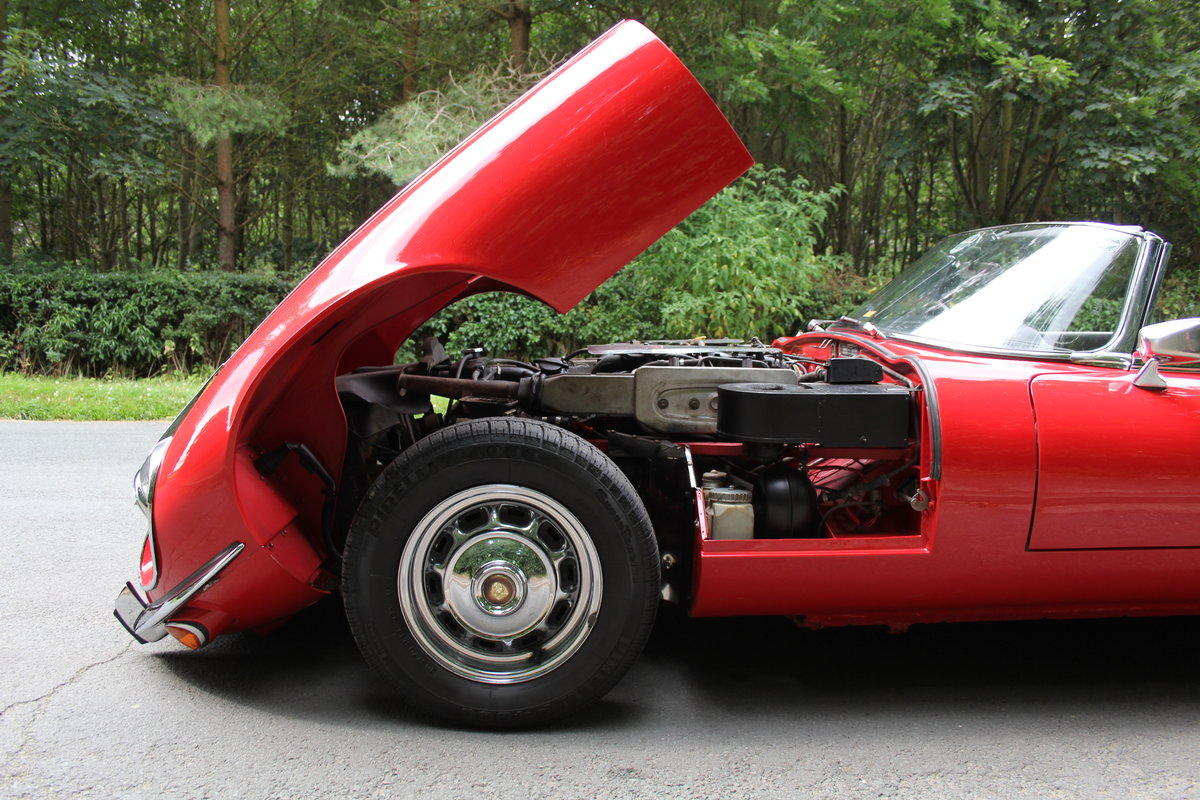 1973 Jaguar E-Type V12 Roadster- UK Manual, 1 owner 35 years For Sale (picture 18 of 24)