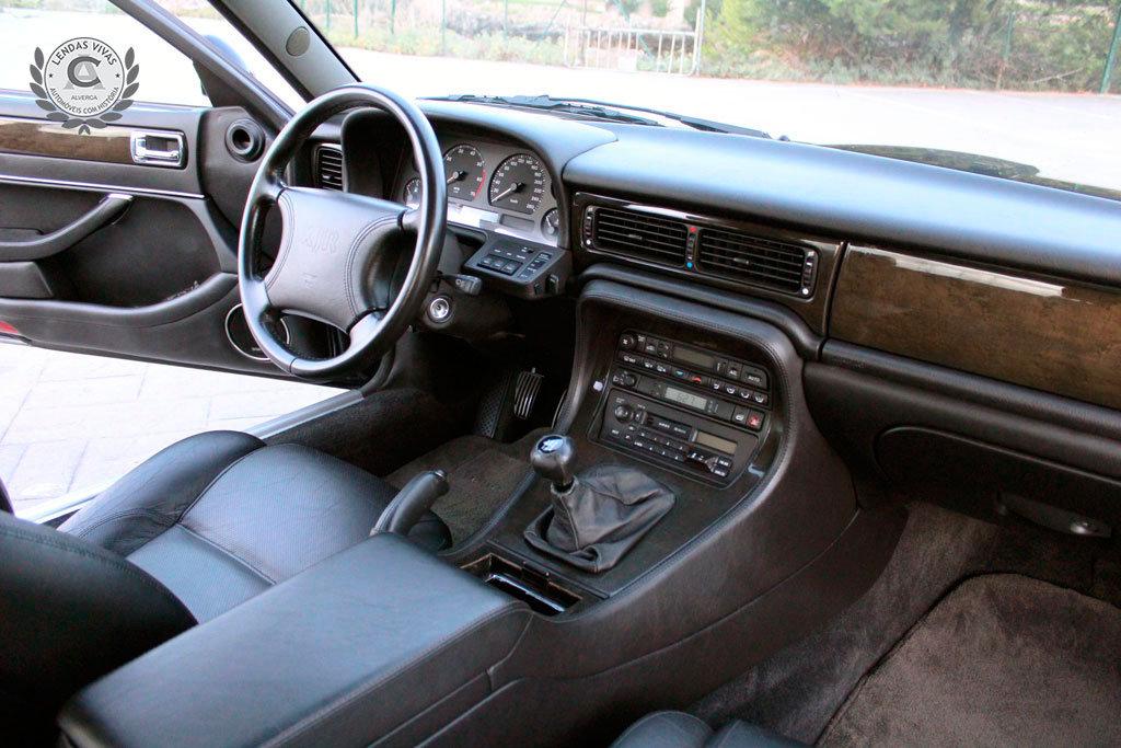Jaguar XJR 1996 For Sale (picture 4 of 6)