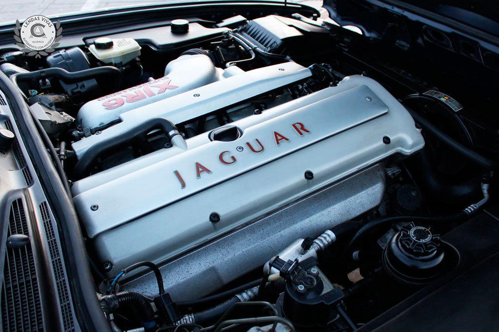 Jaguar XJR 1996 For Sale (picture 5 of 6)