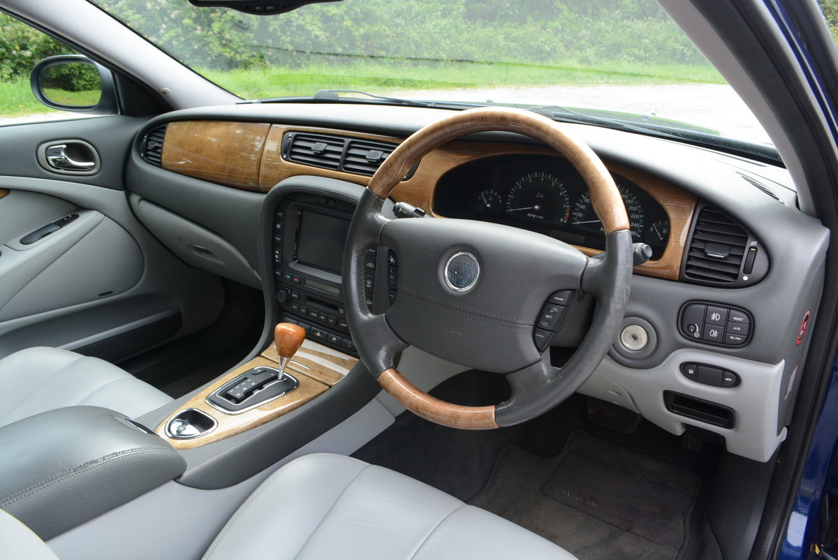 2003 Jaguar S-Type 4.2 V8 Japanese Import Stunning Condition  For Sale (picture 4 of 6)