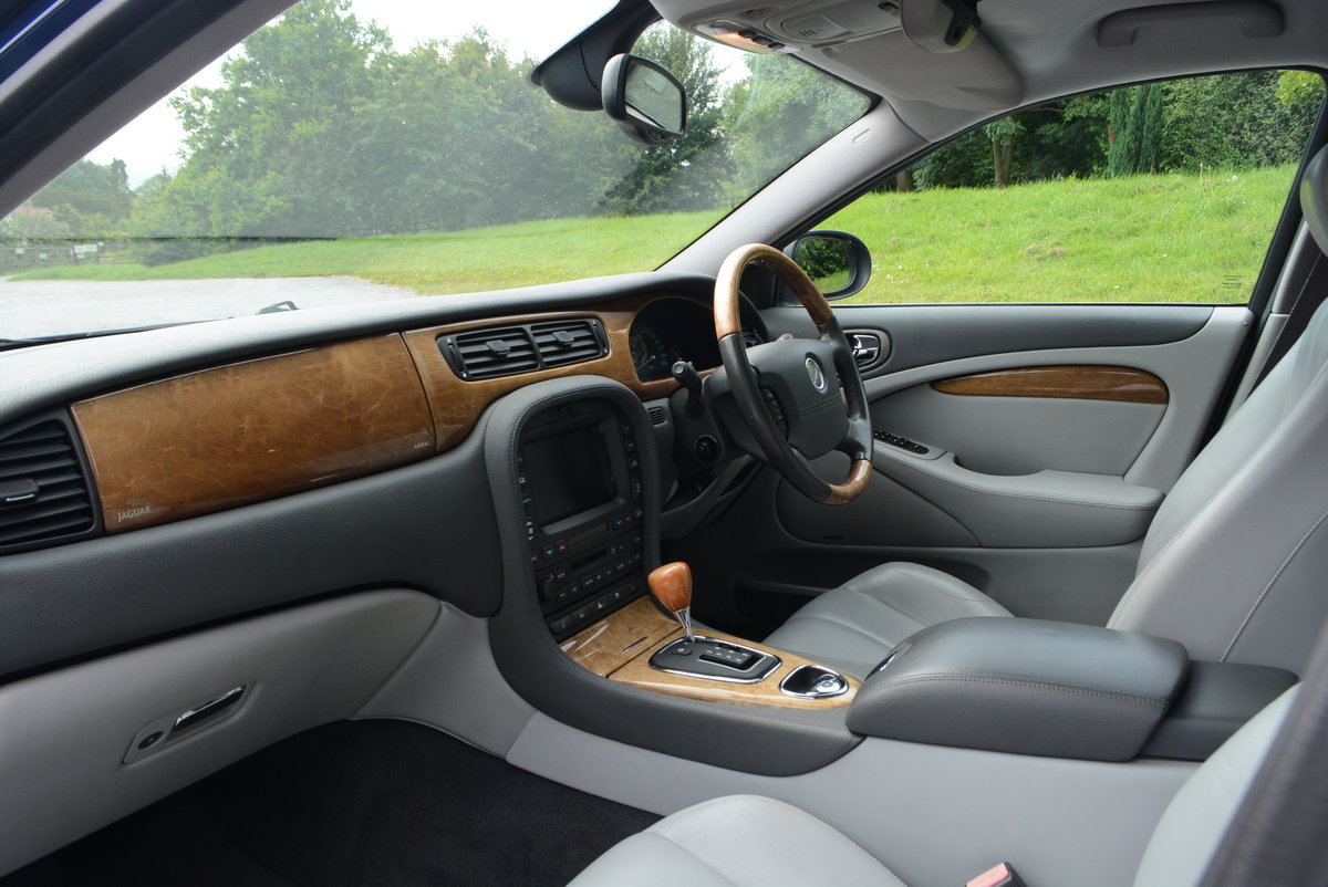 2003 Jaguar S-Type 4.2 V8 Japanese Import Stunning Condition  For Sale (picture 5 of 6)