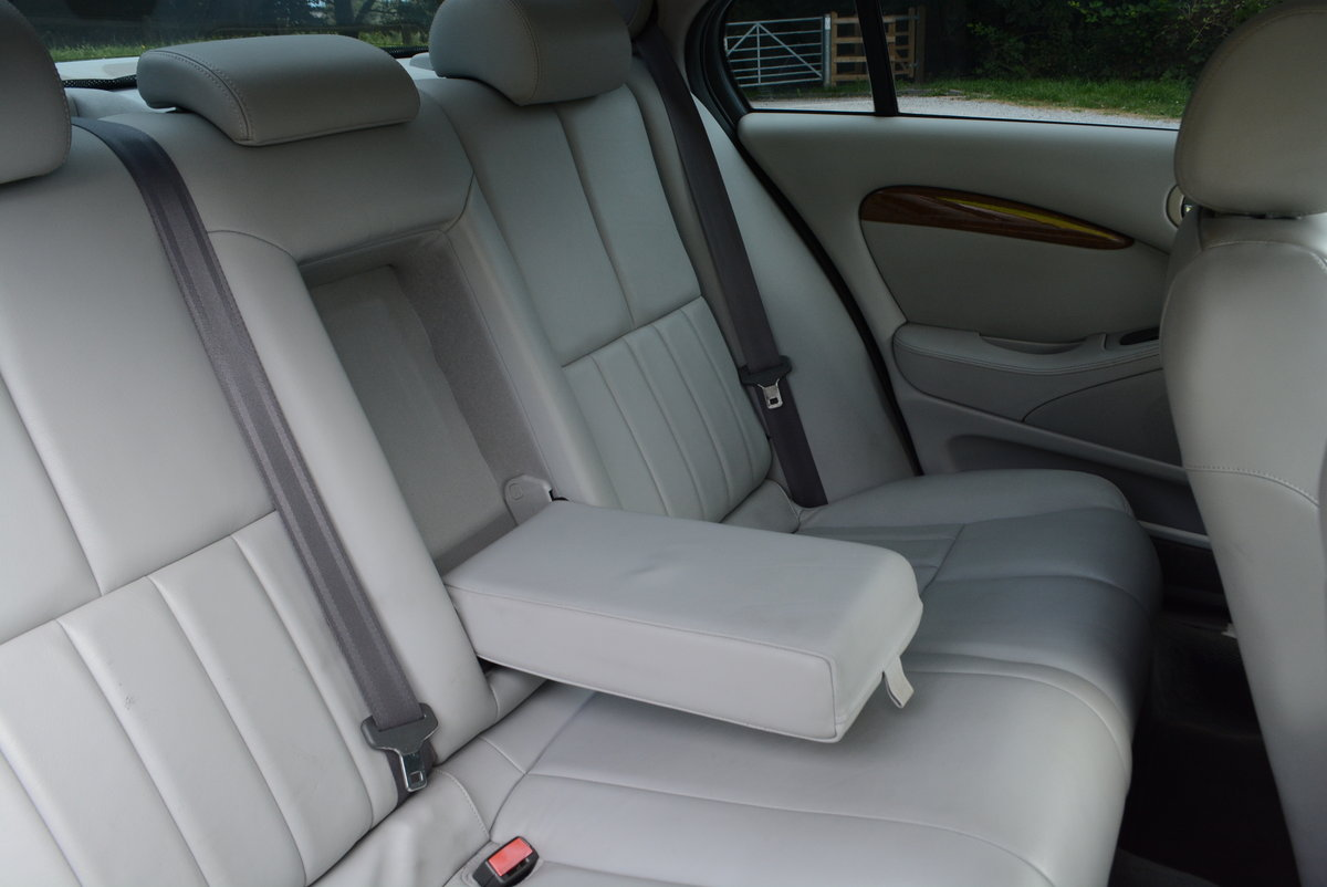 2003 Jaguar S-Type 4.2 V8 Japanese Import Stunning Condition  For Sale (picture 6 of 6)