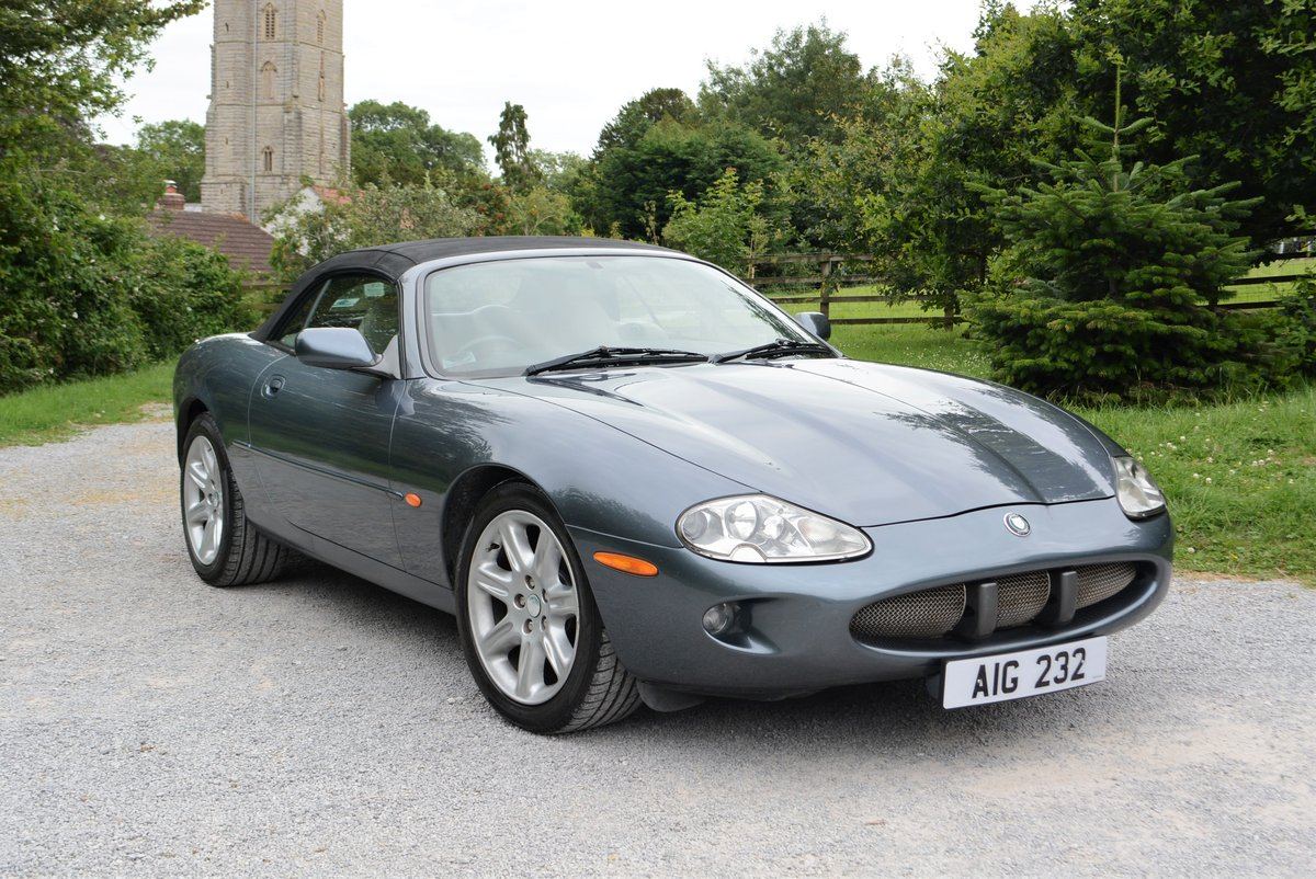 1997 Jaguar XK8 4.0 Convertible  For Sale (picture 1 of 6)