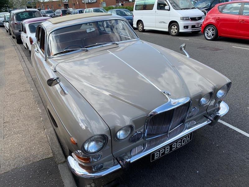 1970 Jaguar 420G For Sale (picture 1 of 5)