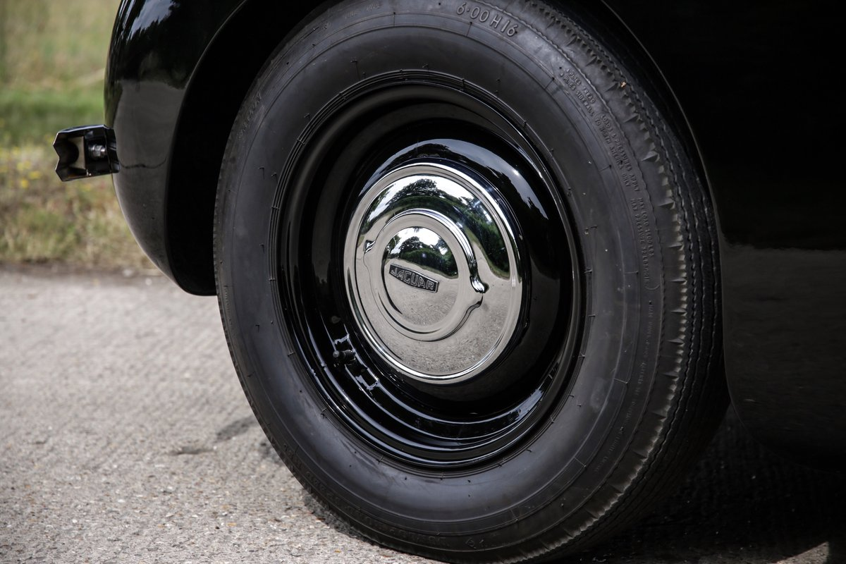 1963 Jaguar XK120 Roadster For Sale (picture 14 of 17)