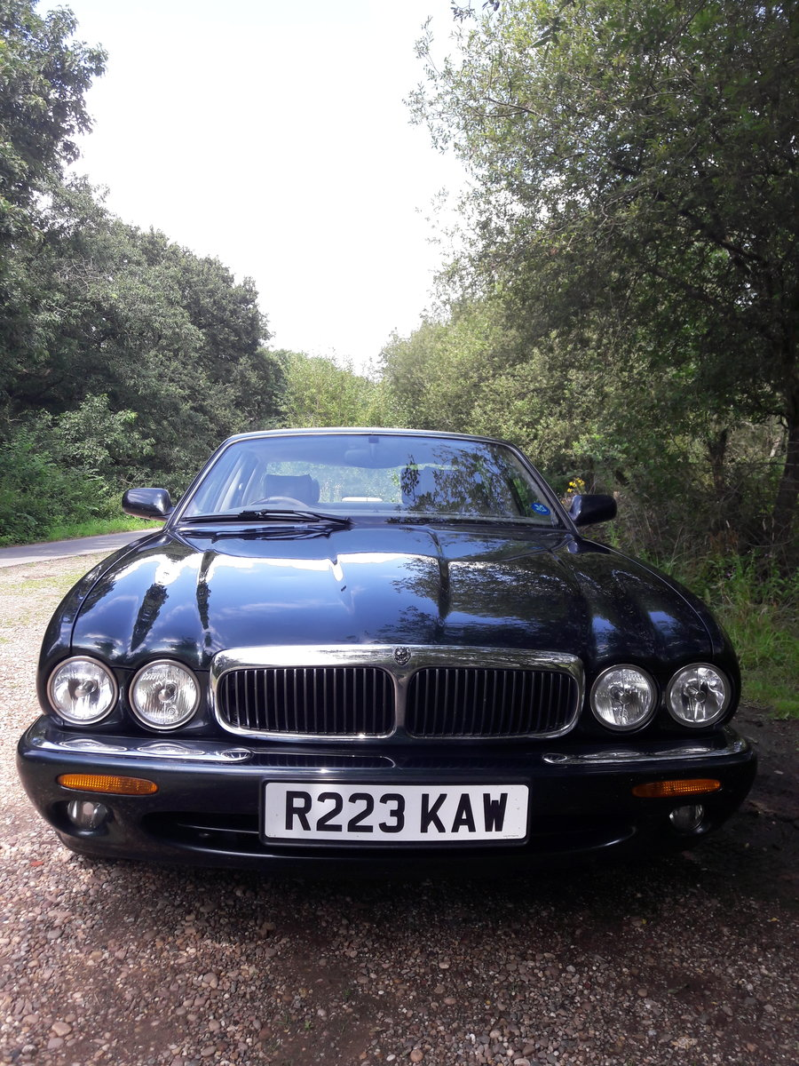 1998 Jaguar XJ 3.2 V8 For Sale (picture 1 of 6)