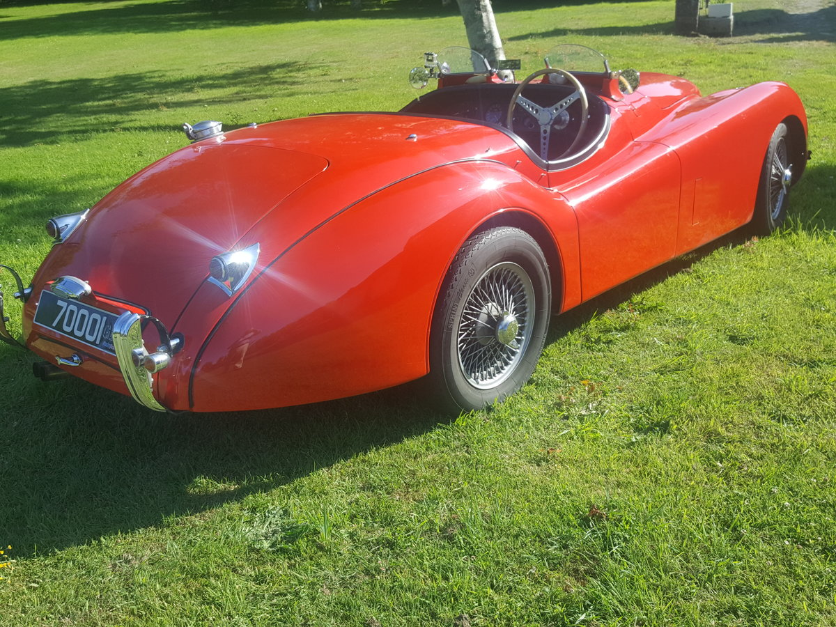 1952 Jaguar XK120 Roadster fully restored and uprated For Sale (picture 2 of 6)