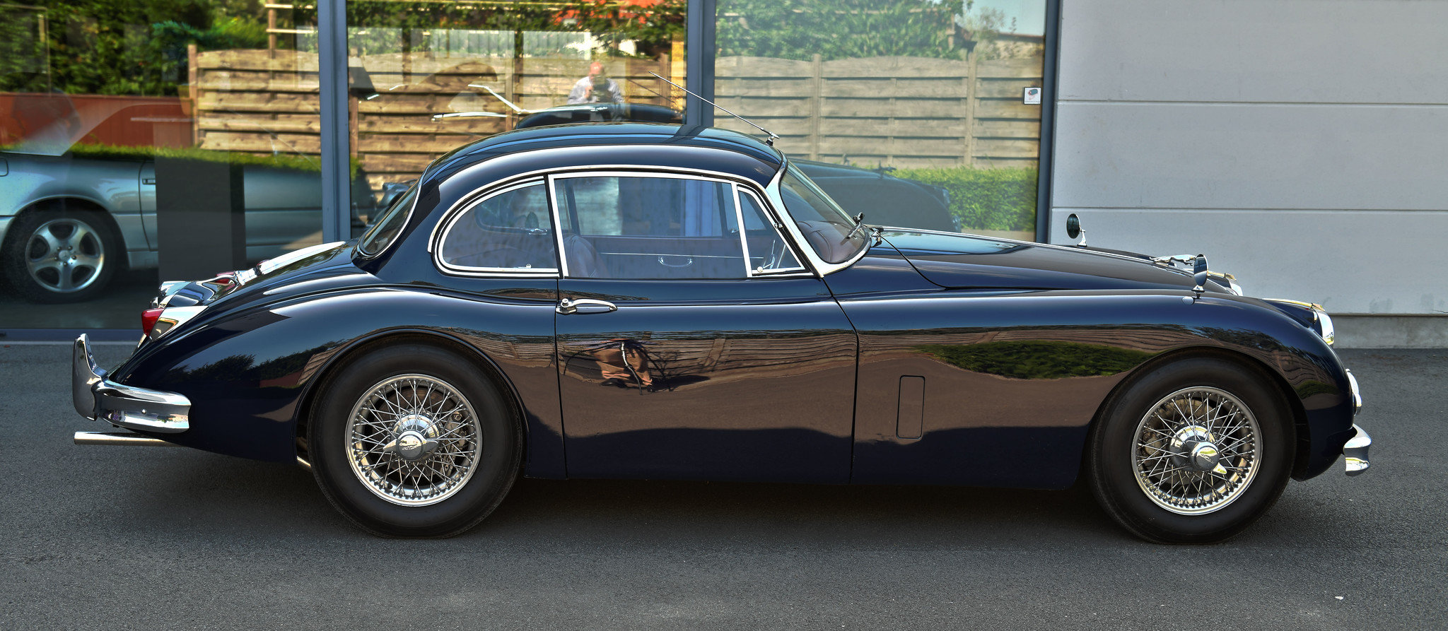 1957 Jaguar XK150 RHD FHC For Sale (picture 2 of 6)