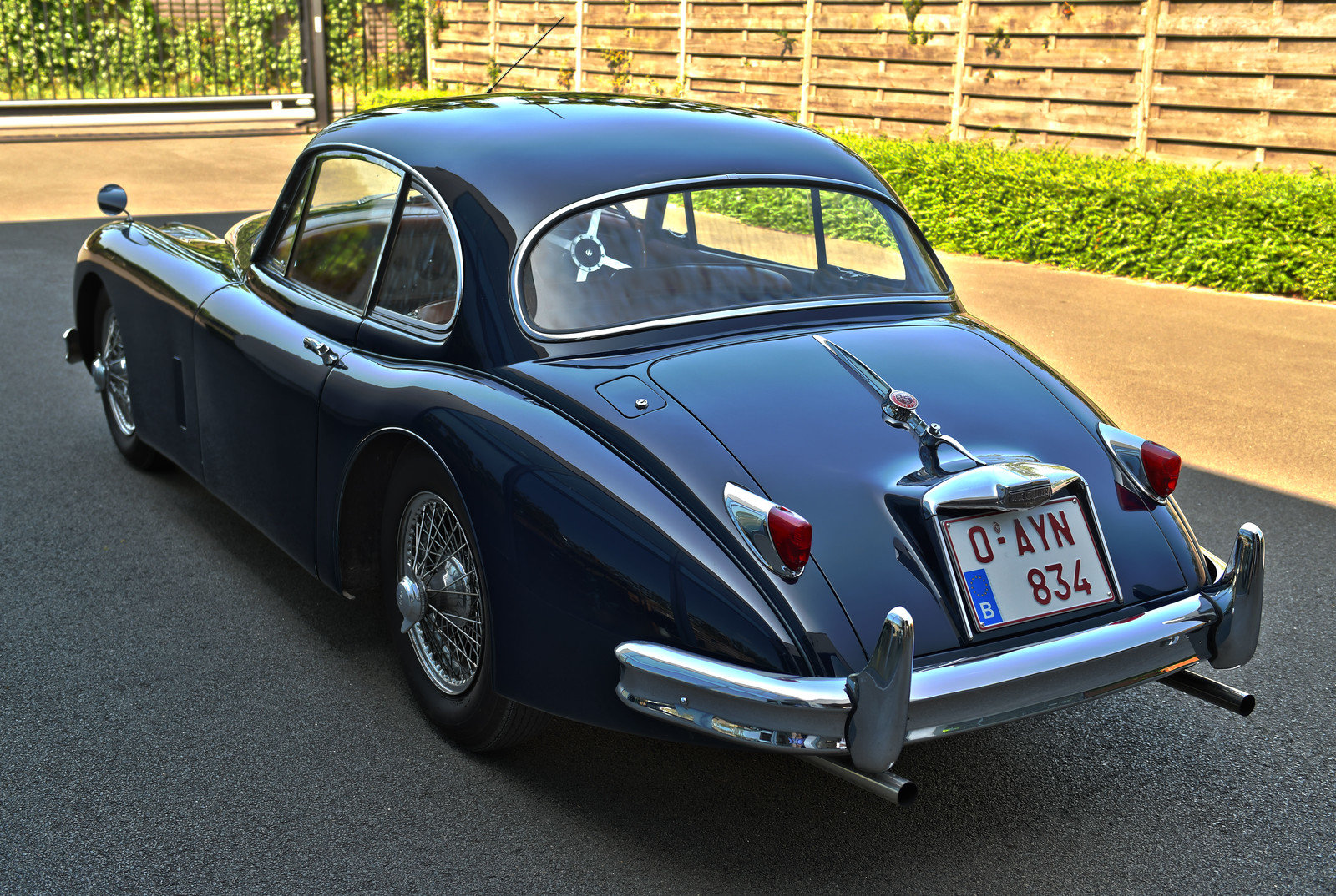 1957 Jaguar XK150 RHD FHC For Sale (picture 3 of 6)