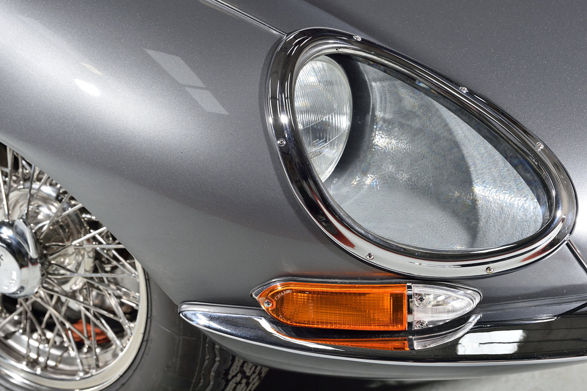 Very low mileage - stunning 1967 E-type For Sale (picture 3 of 6)