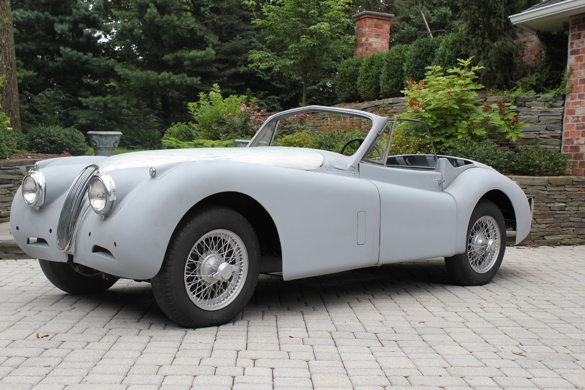 1953 Jaguar XK120 for Restoration - Many New Parts SOLD (picture 2 of 6)