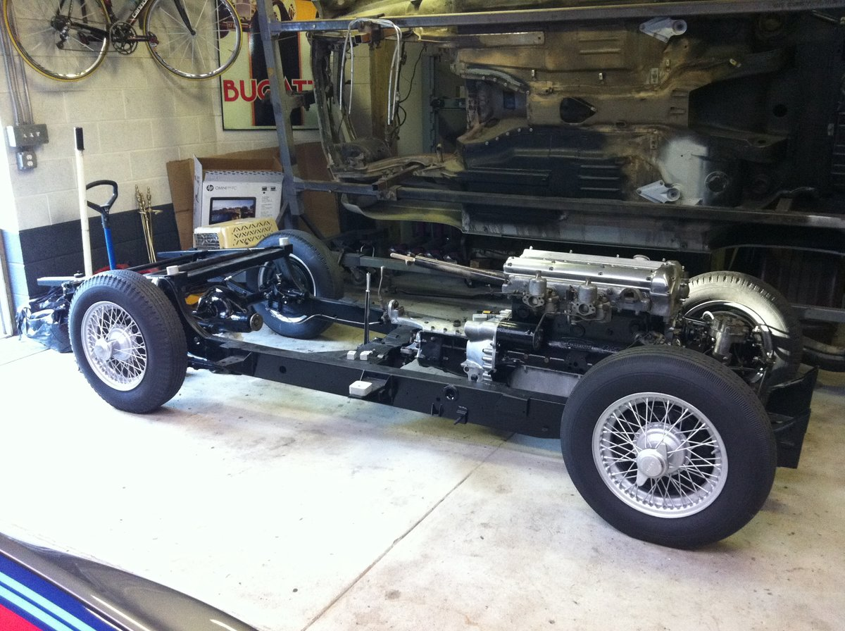 1953 Jaguar XK120 for Restoration - Many New Parts SOLD (picture 5 of 6)