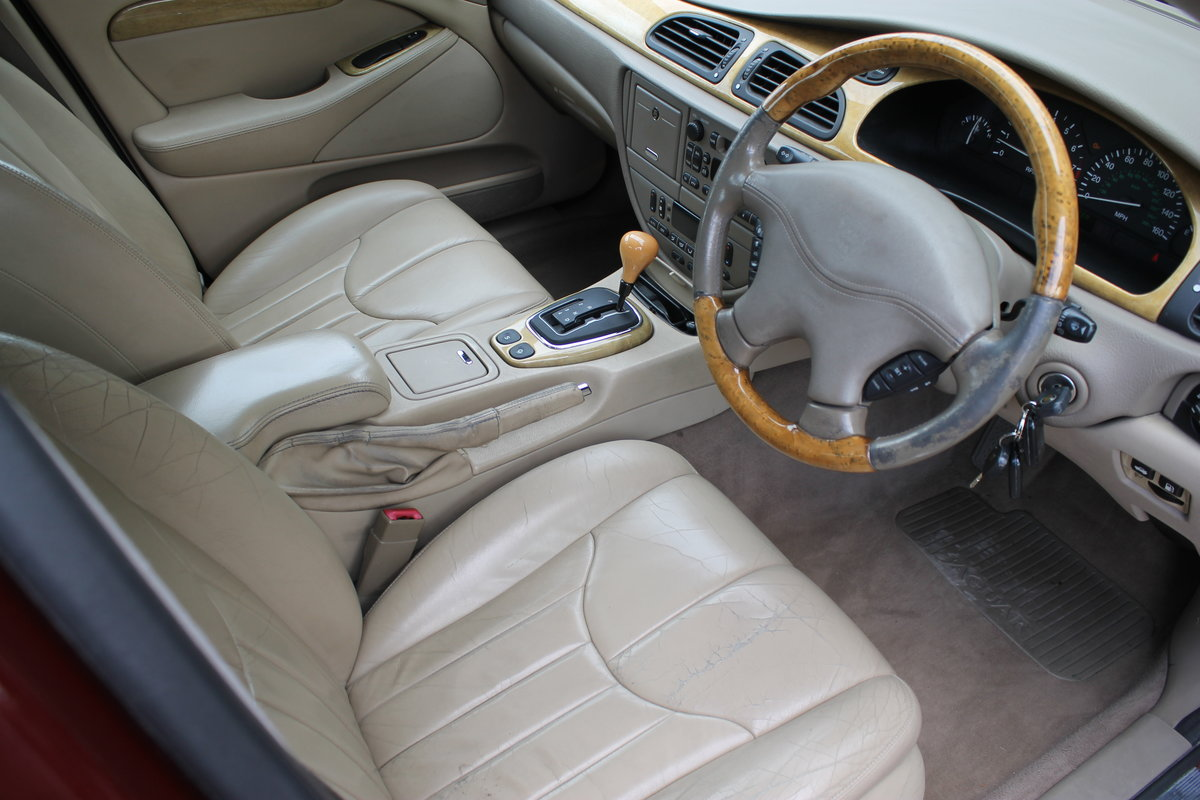 2000 Jaguar 'S' Type 3.0 SE Automatic Series I For Sale (picture 5 of 6)