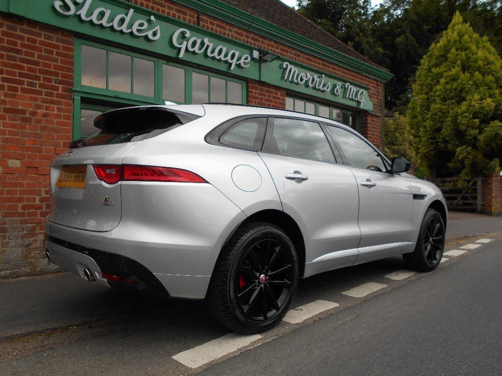 2016 Jaguar F-Pace Supercharge  SOLD (picture 3 of 4)