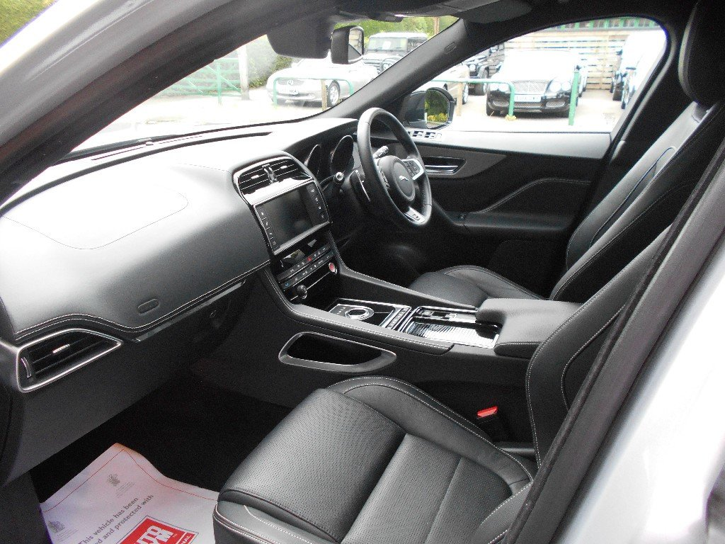2016 Jaguar F-Pace Supercharge  SOLD (picture 4 of 4)