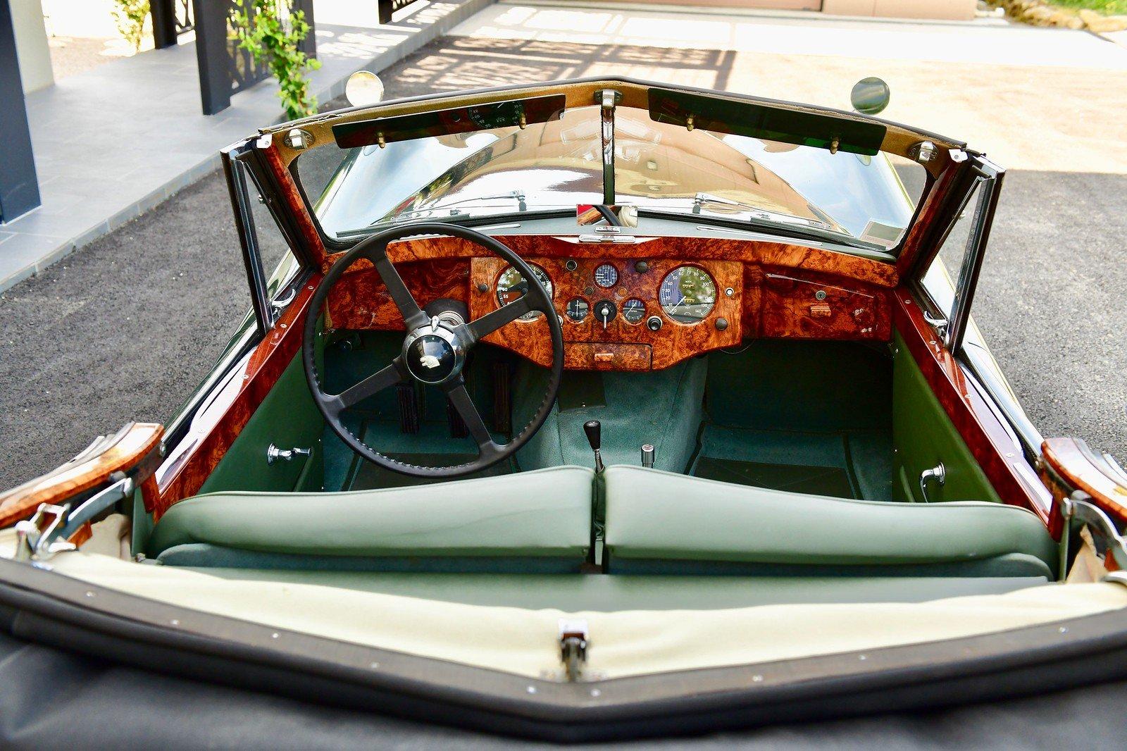 1000 1953 Jaguar XK120 Drop Head Coupe, Left Hand Drive For Sale (picture 4 of 6)