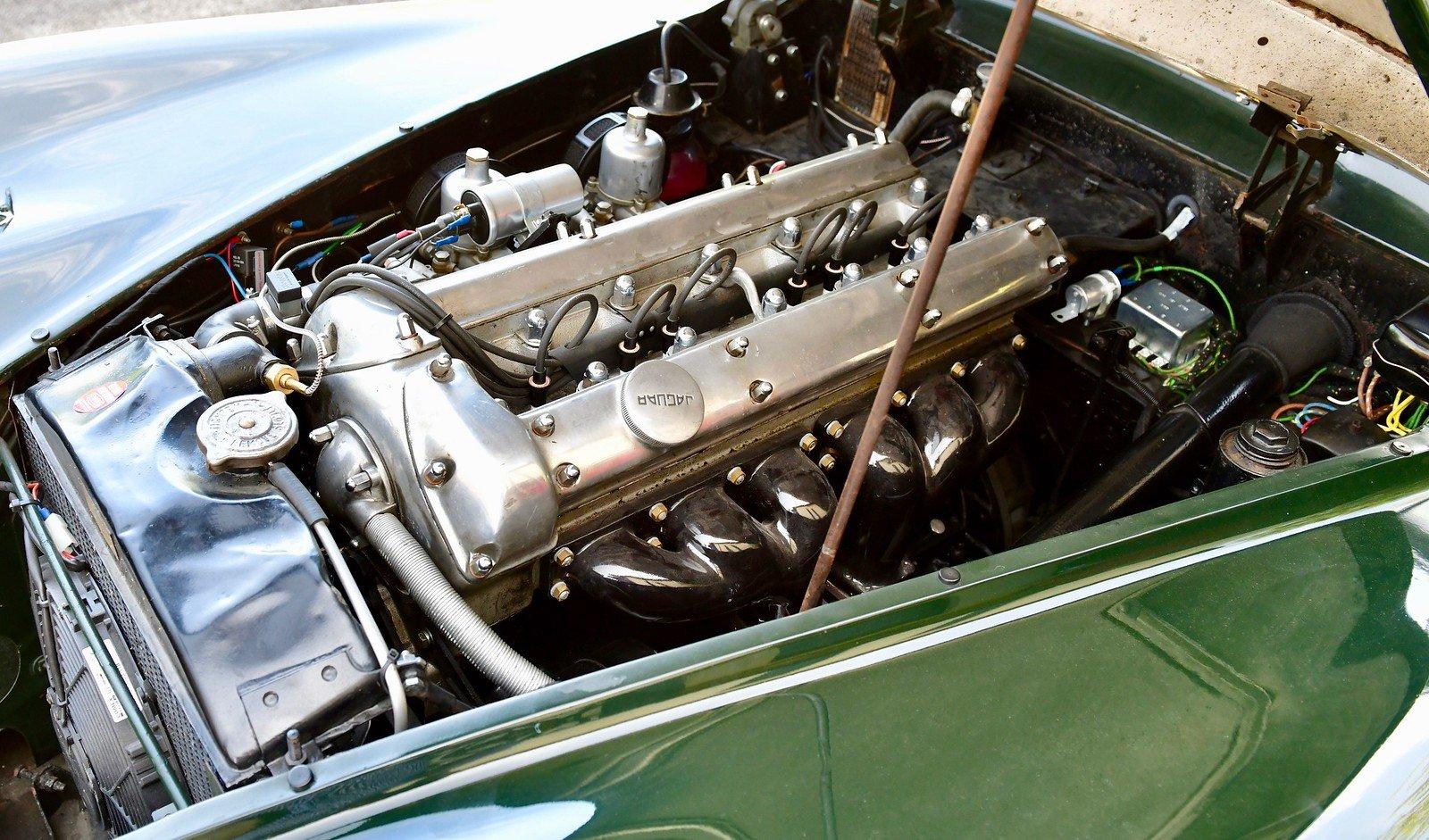 1000 1953 Jaguar XK120 Drop Head Coupe, Left Hand Drive For Sale (picture 6 of 6)