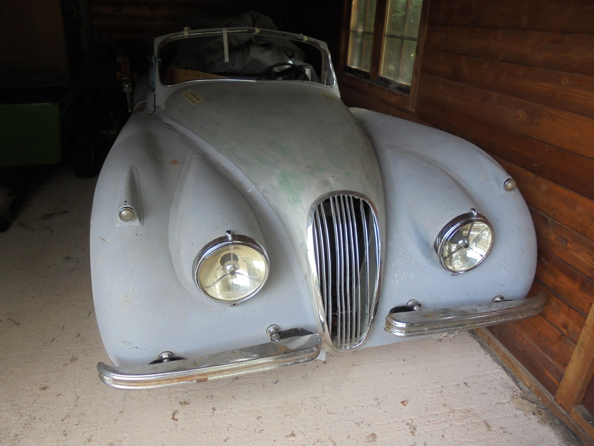 1953 Jaguar XK120 for Restoration - Many New Parts SOLD (picture 1 of 6)