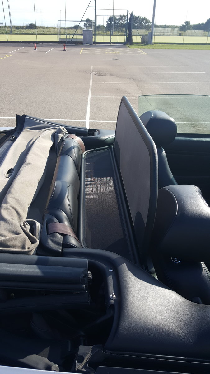 2001 JAGUAR XK8 CONVERTIBLE For Sale (picture 6 of 6)