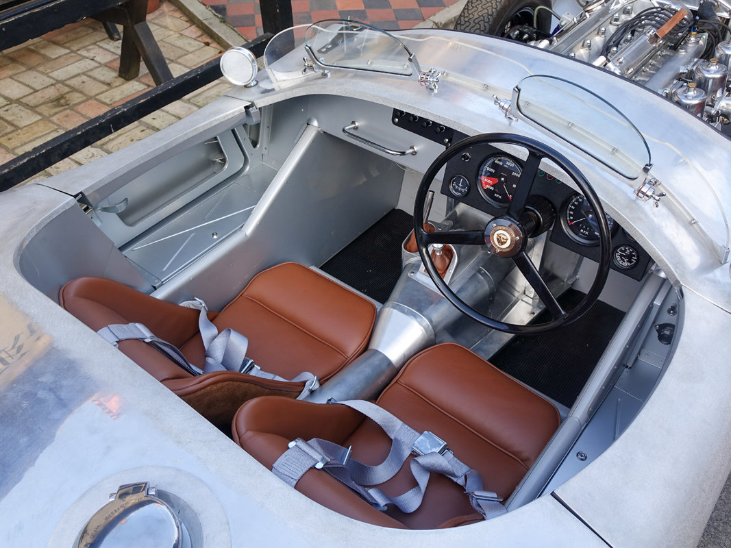 1953 Aluminium Suffolk C-type Jaguar with 4.2 fuel injection  For Sale (picture 6 of 6)