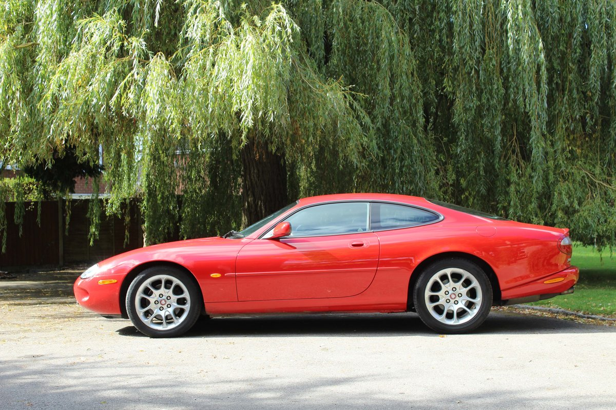 1999 Jaguar XKR 4.0 litre Coupe Price £8000 For Sale (picture 4 of 6)