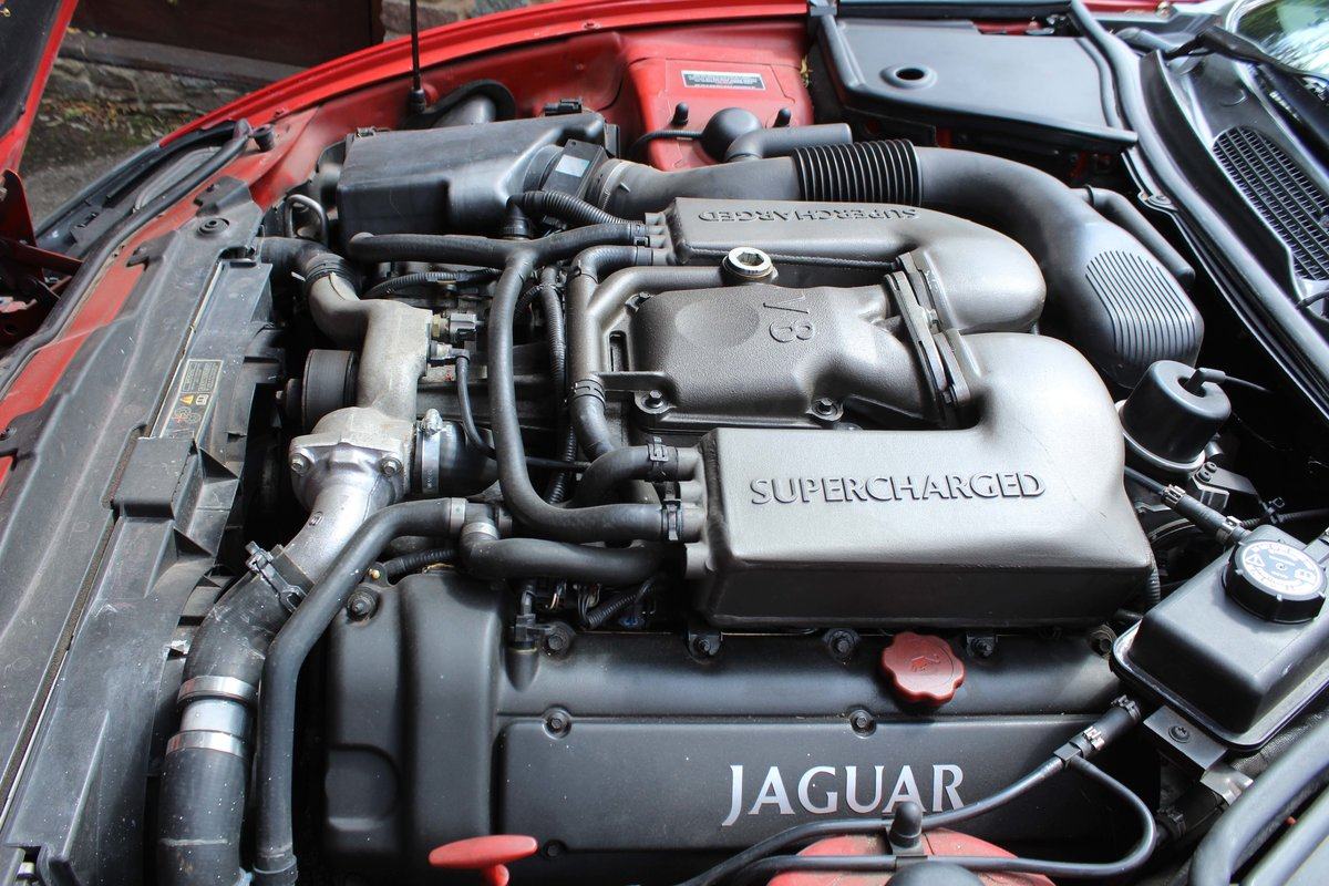 1999 Jaguar XKR 4.0 litre Coupe Price £8000 For Sale (picture 6 of 6)