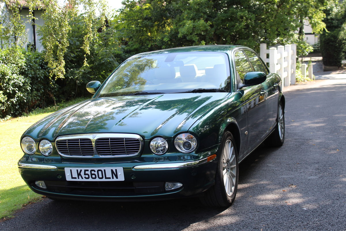 2006 Jaguar XJ8 4.2 V8 Executive Beautiful  For Sale (picture 1 of 6)