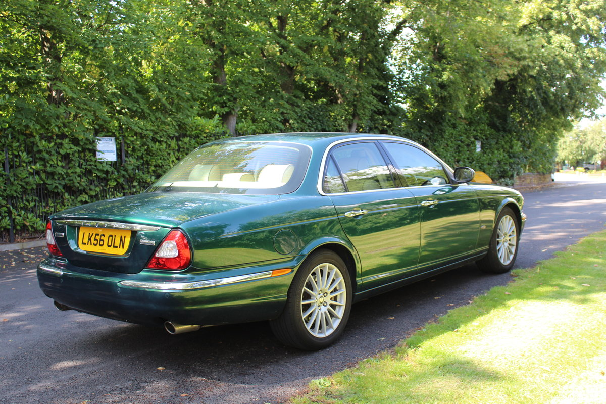 2006 Jaguar XJ8 4.2 V8 Executive Beautiful  For Sale (picture 2 of 6)