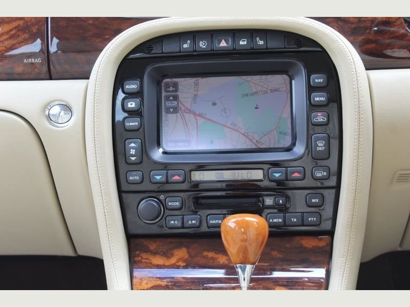 2006 Jaguar XJ8 4.2 V8 Executive Beautiful  For Sale (picture 4 of 6)