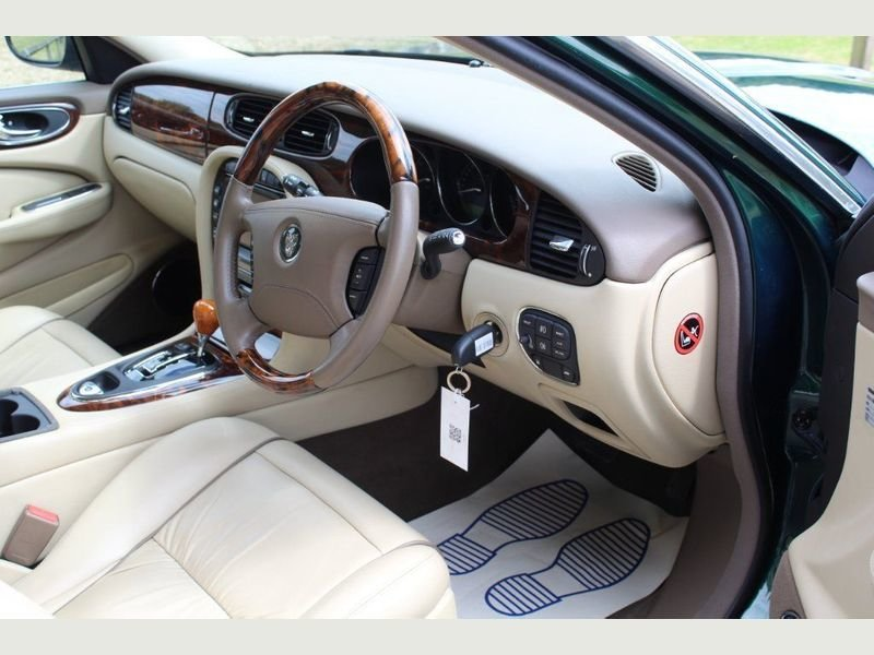 2006 Jaguar XJ8 4.2 V8 Executive Beautiful  For Sale (picture 5 of 6)