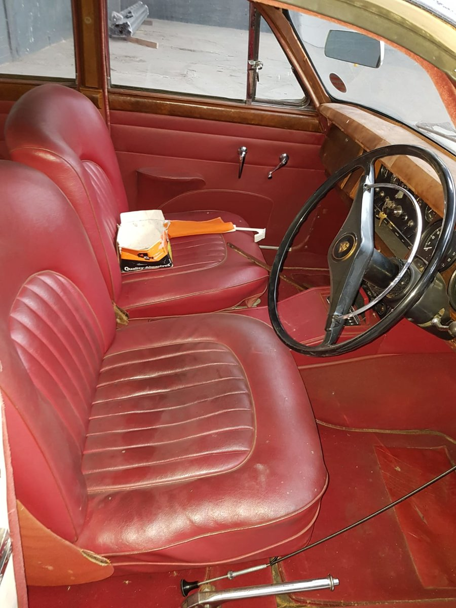 1969 MARK 2 WITH EXTENSIVE UPGRADES FOR SALE For Sale (picture 5 of 6)