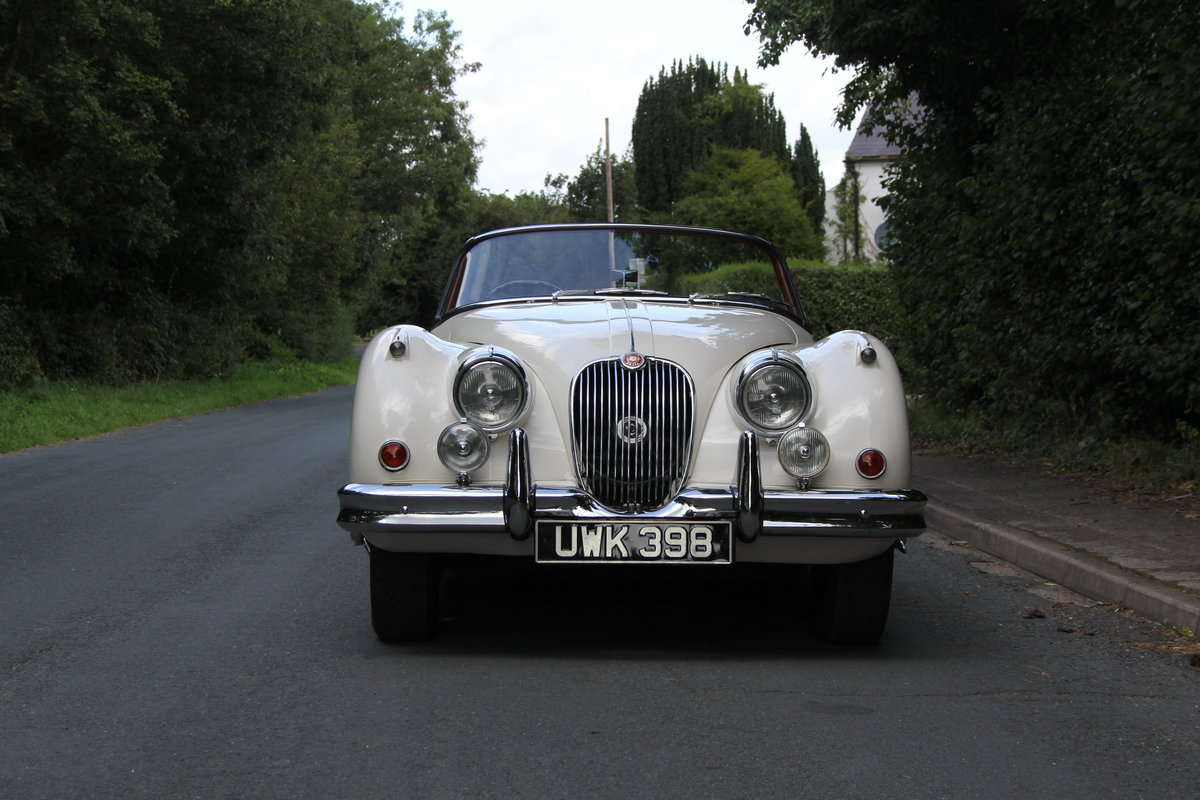 1958 Jaguar XK150 DHC Automatic - Matching No's, Only 31k miles For Sale (picture 2 of 19)