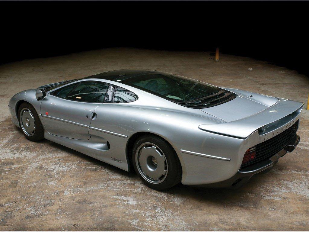 1993 Jaguar XJ220  For Sale by Auction (picture 2 of 6)