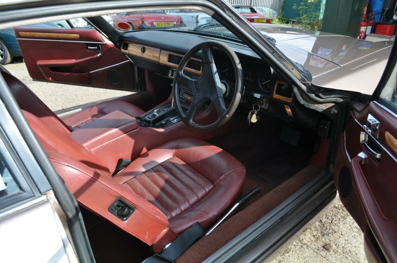 1984 JAGUAR XJS V12 5.3 HE VERY RARE GOOD CONDITION WITH MOT TWR For Sale (picture 4 of 6)