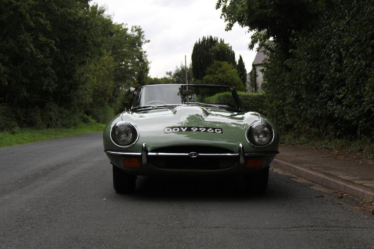 1968 Jaguar E-Type Series II 4.2 Roadster - Matching No's, Uk car For Sale (picture 2 of 24)