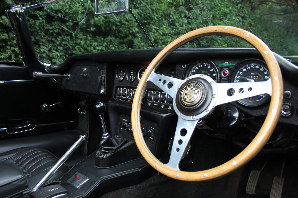 1968 Jaguar E-Type Series II 4.2 Roadster - Matching No's, Uk car For Sale (picture 12 of 24)