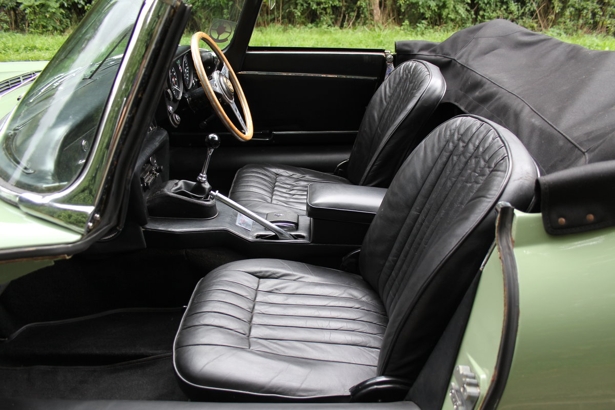1968 Jaguar E-Type Series II 4.2 Roadster - Matching No's, Uk car For Sale (picture 16 of 24)