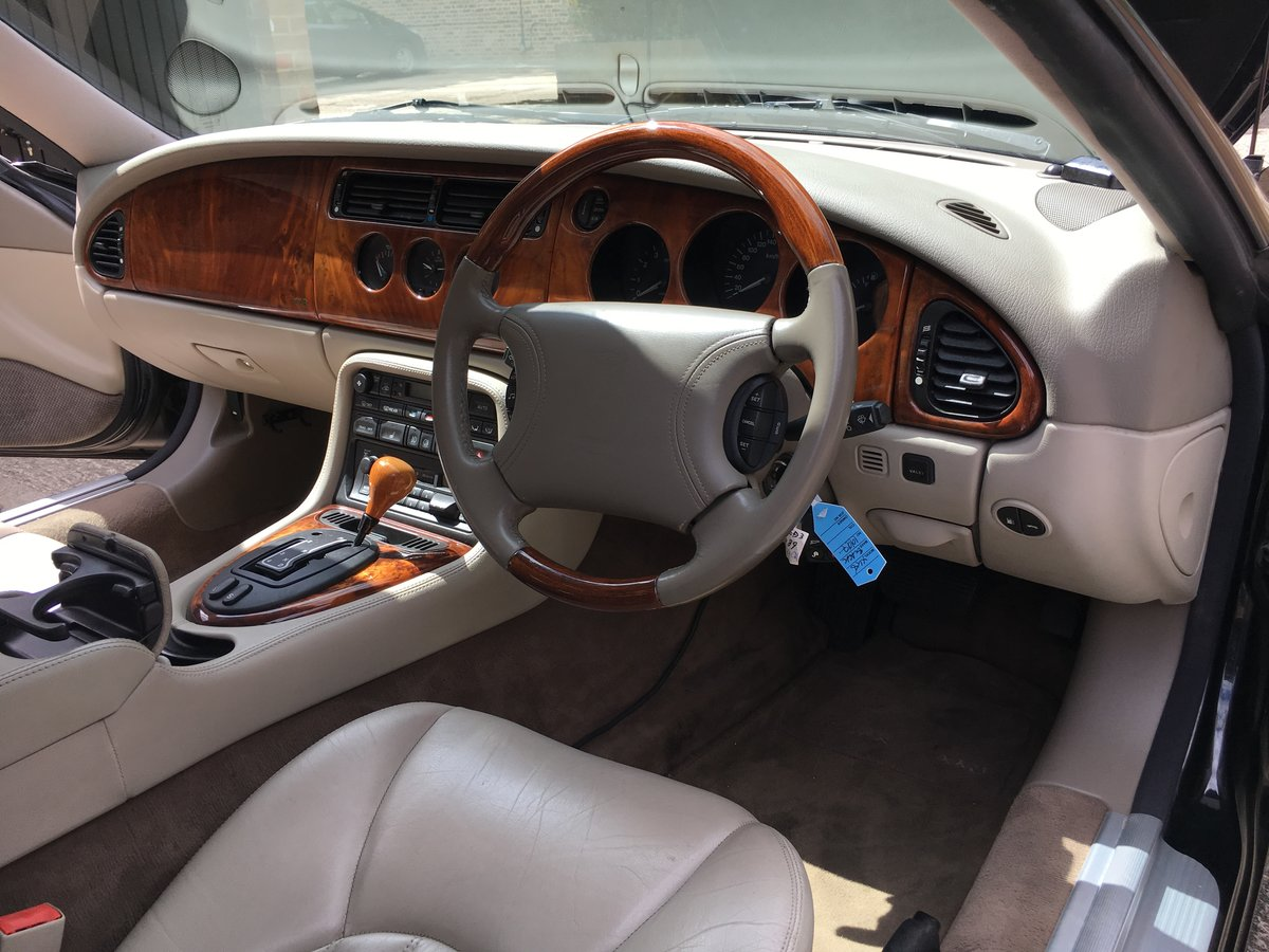 1997 Jaguar XK8 Classic 4.0 only 22463 miles from new! For Sale (picture 1 of 6)