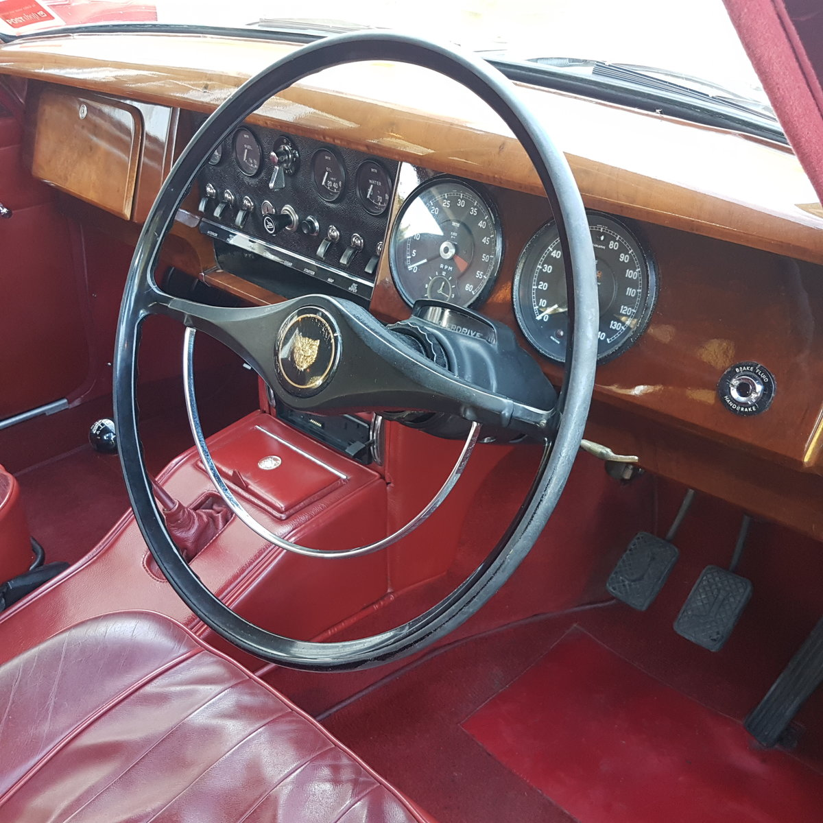 1963 STUNNING CONDITION! SOLD (picture 2 of 6)