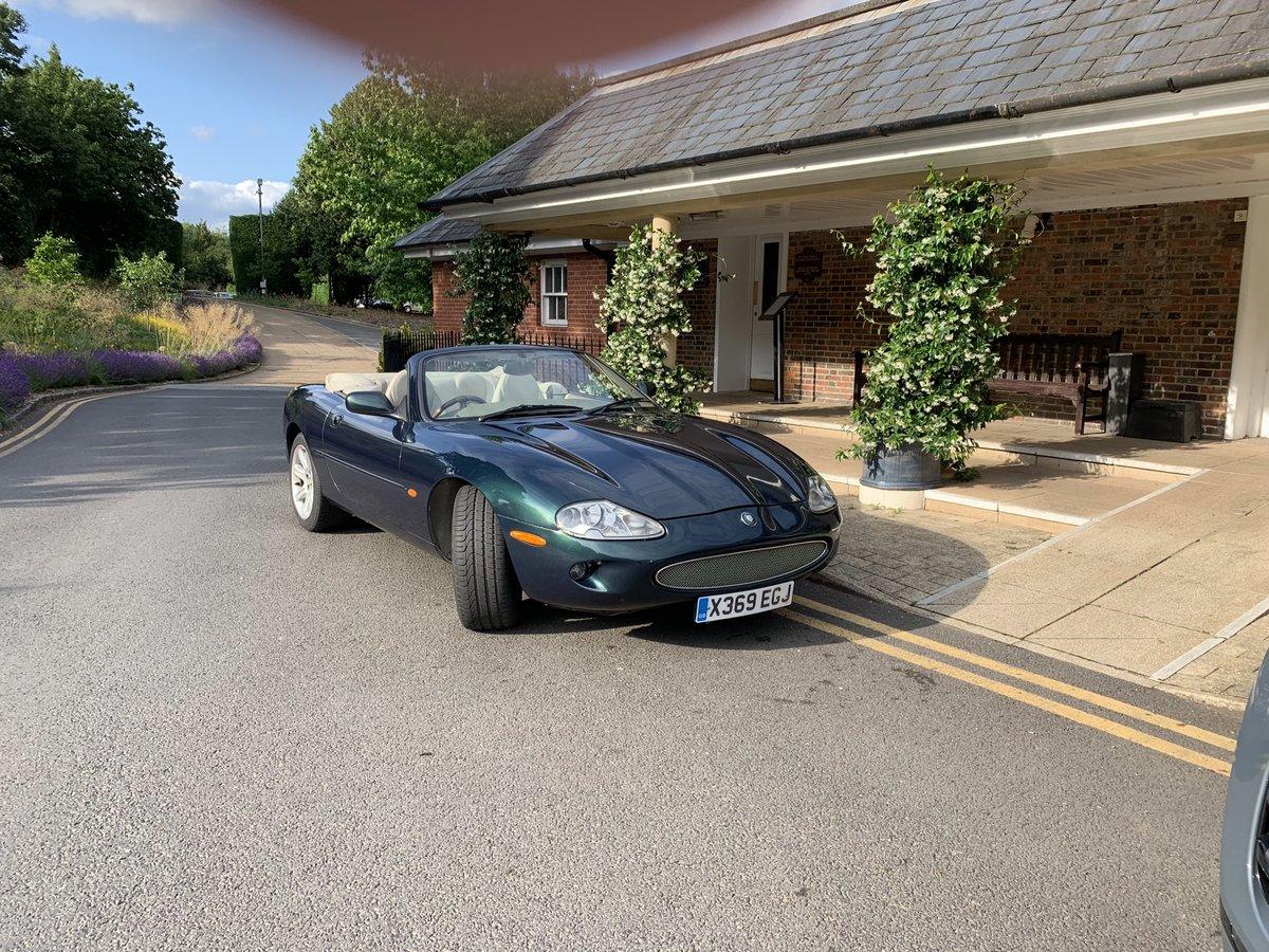 2000 Jaguar XK8  For Sale (picture 1 of 6)
