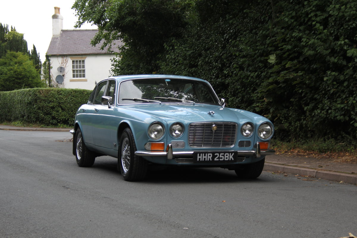 1972 Jaguar XJ6 Series I 4.2 Manual with Overdrive - Low miles For Sale (picture 1 of 21)