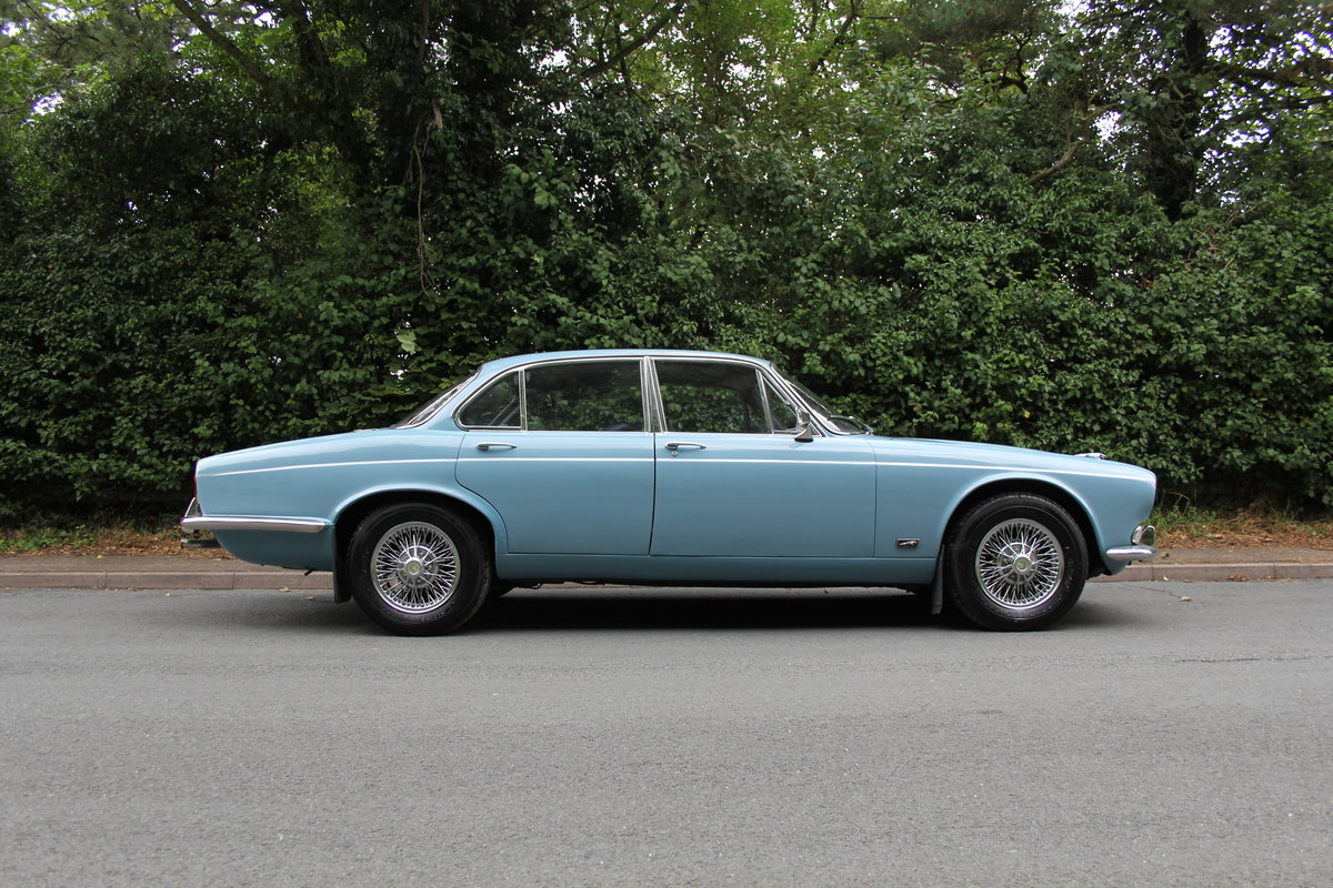 1972 Jaguar XJ6 Series I 4.2 Manual with Overdrive - Low miles For Sale (picture 7 of 21)