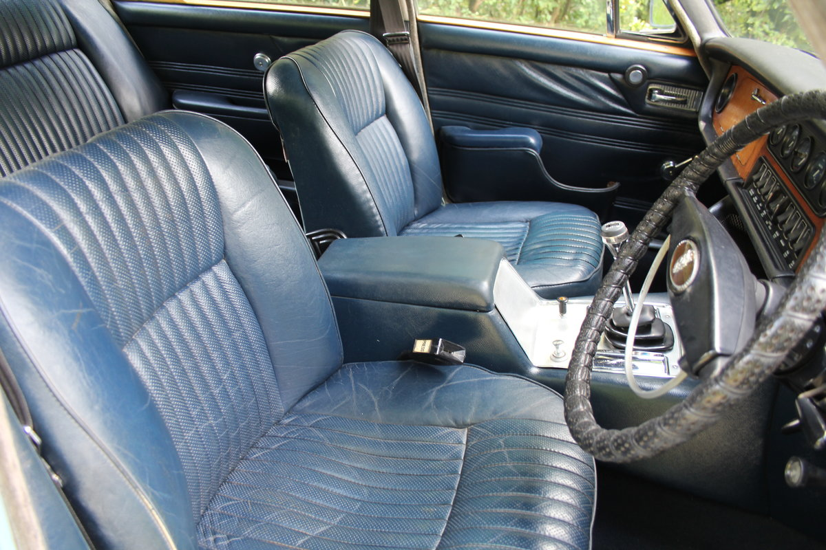1972 Jaguar XJ6 Series I 4.2 Manual with Overdrive - Low miles For Sale (picture 10 of 21)