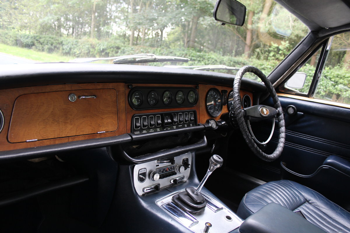 1972 Jaguar XJ6 Series I 4.2 Manual with Overdrive - Low miles For Sale (picture 11 of 21)