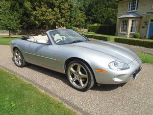 2000 Jaguar XK8 4.0 Convertible auto.  For Sale