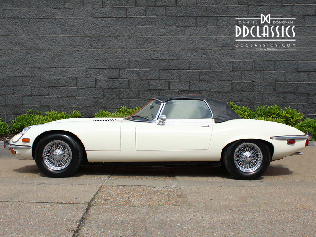 1974 Jaguar E-Type Series 3 V12 Roadster For Sale in London For Sale (picture 6 of 24)