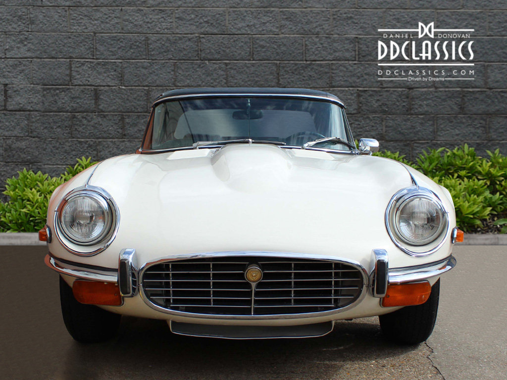 1974 Jaguar E-Type Series 3 V12 Roadster For Sale in London For Sale (picture 7 of 24)