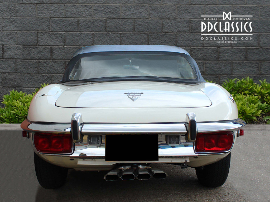 1974 Jaguar E-Type Series 3 V12 Roadster For Sale in London For Sale (picture 8 of 24)