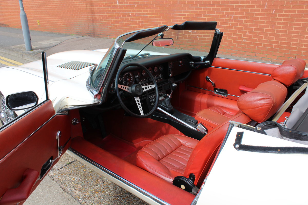 1974 Jaguar E-Type Series 3 V12 Roadster For Sale in London For Sale (picture 24 of 24)