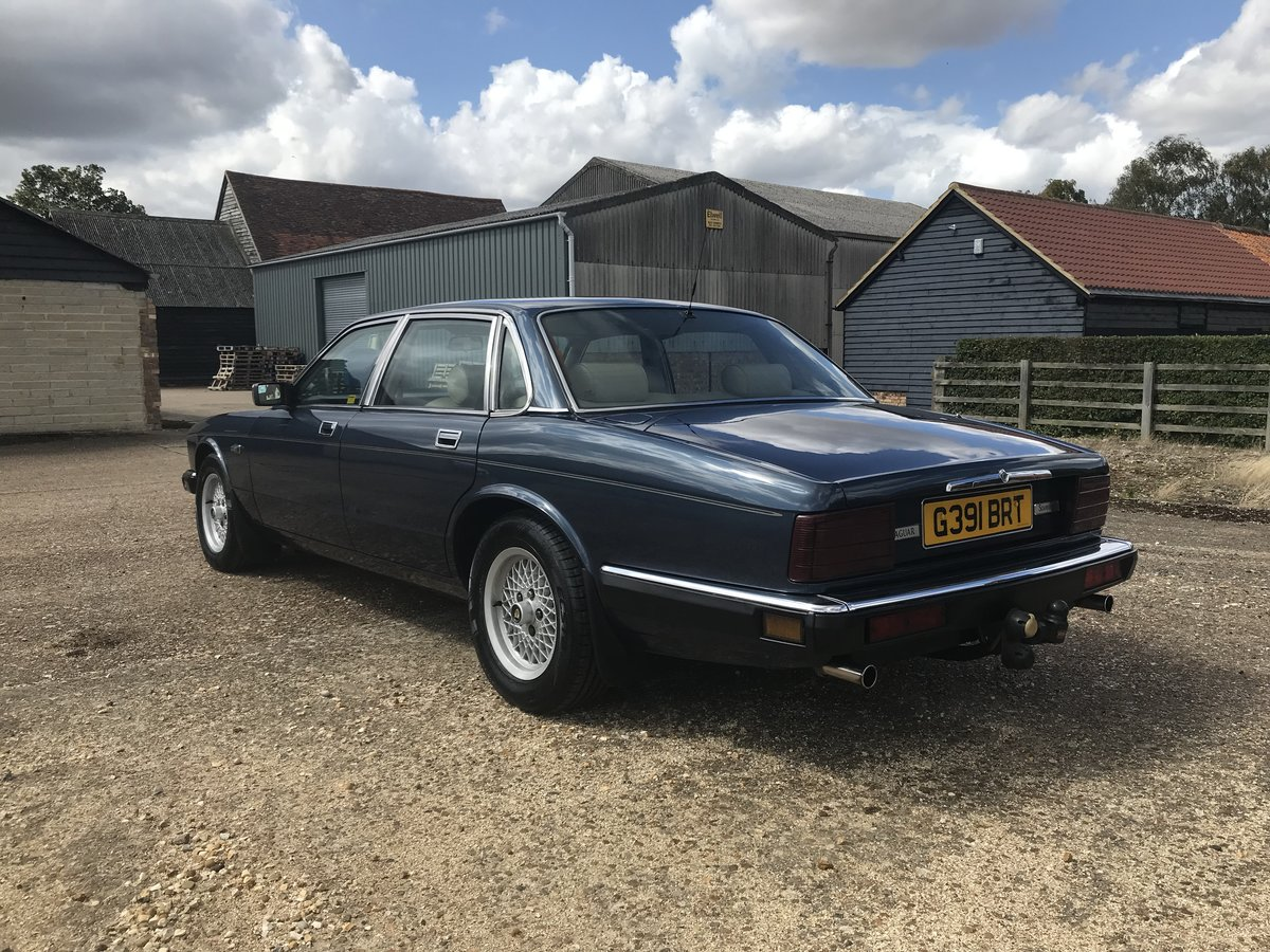 1989 Jaguar Sovereign 3.6 For Sale (picture 4 of 6)